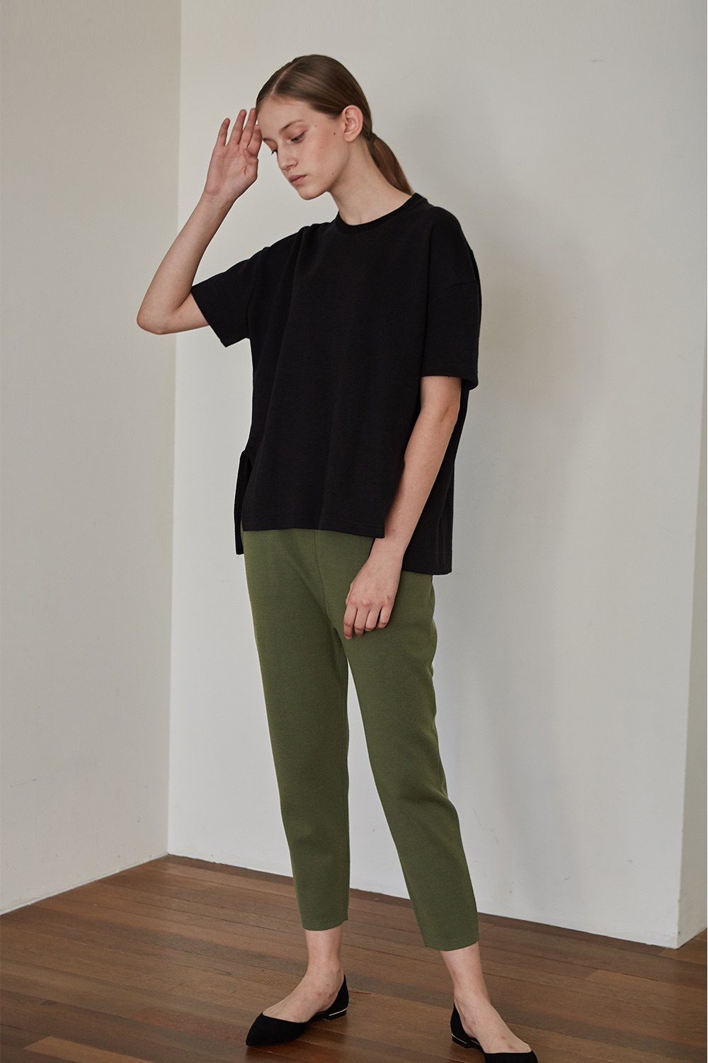 O Silhouette Knit Pants